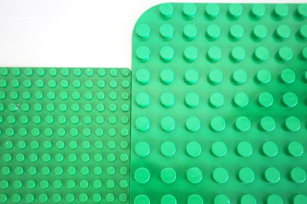 レゴデュプロとレゴの基礎板の互換性
