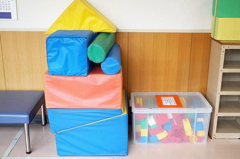 藤岡ふれあいの館を紹介。無料キッズコーナーは赤ちゃんも遊べるよ。