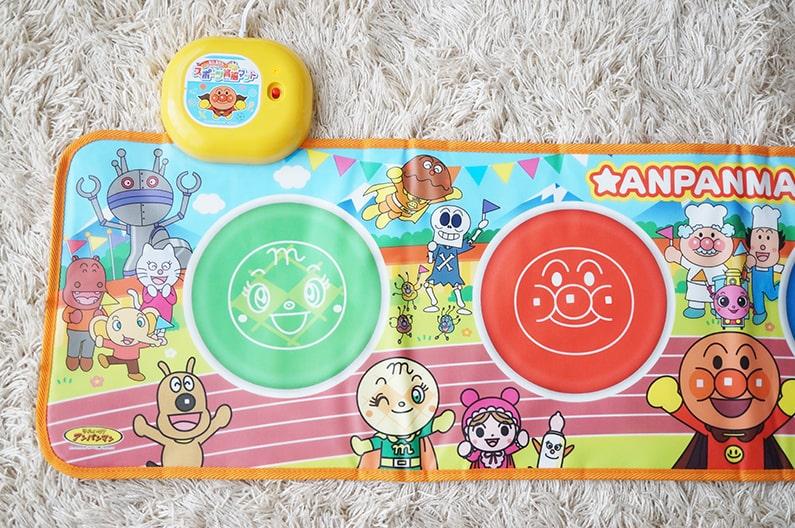 アンパンマンスポーツ育脳マットを口コミ。自宅遊びにおすすめ!